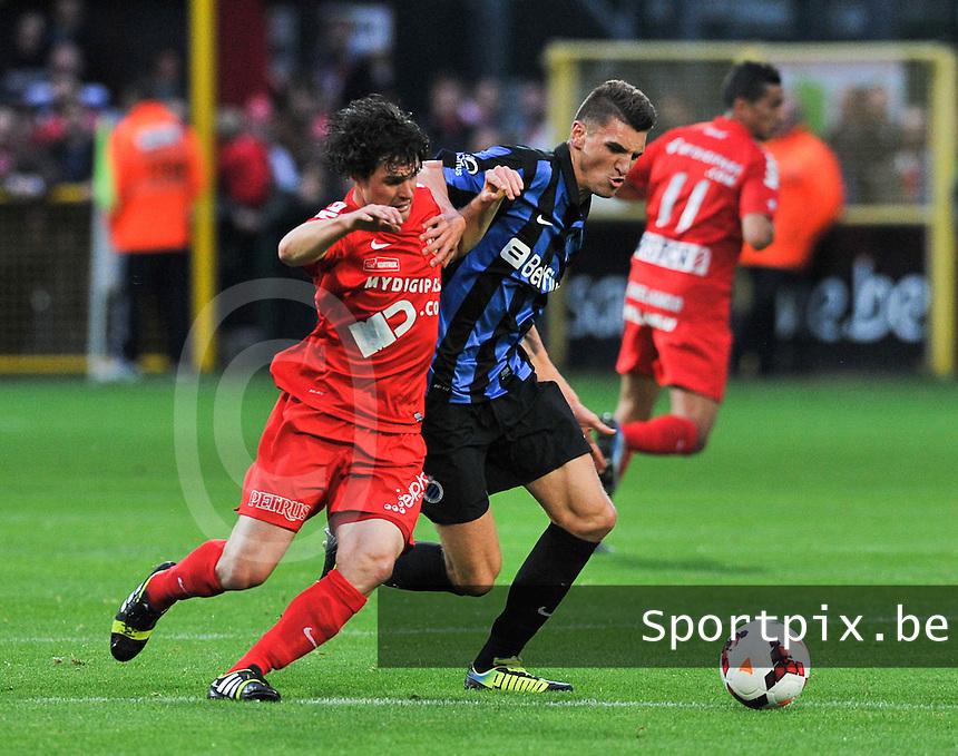 KV Kortrijk - Club Brugge KV : duel tussen Gertjan De Mets (links) en Thomas Meunier (rechts)<br /> foto VDB / Bart Vandenbroucke