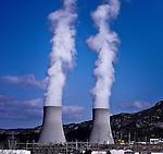 La Central Nuclear de Cofrentes, en Valencia, propiedad de IBERDROLA GENERACIÓN S.A., es la de mayor potencia eléctrica instalada dentro del parque nuclear español, con 1.092 megavatios (MW). 1 febrero 20011.(c) Pedro ARMESTRE.