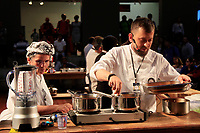Encontro Mundial das Cidades Criativas da Gastronomia.<br /> <br /> Pela primeira vez, o Encontro Mundial das Cidades Criativas da Gastronomia vai desenvolver um formato inédito em Belém, quando alguns dos eventos da programação serão abertos ao público. Em suas cinco edições anteriores - realizadas nas cidades de Gaziantep, Turquia (fevereiro de 2016), Phuket, Tailândia (abril de 2017), Parma, Itália (maio de 2017), Bergen, Noruega (agosto de 2017), e Dénia, Espanha (setembro de 2017) -, o Encontro foi voltado exclusivamente ao Comitê da Unesco. Na capital paraense, sexta cidade a sediar o Encontro, a organização apostou na importância de incluir estudantes, pesquisadores, cozinheiros e público em geral no evento internacional, gratuitamente.<br /> <br /> Estratégias para potencializar negócios e a sustentabilidade no setor da culinária na região também estão no foco do Encontro, o primeiro grande evento após Belém ter conquistado o título mundial de Cidade Criativa da Gastronomia pela Unesco, em 2015, concedido a apenas 18 localidades em todo o mundo.<br /> <br /> Para o Encontro realizado em Belém, está confirmada a participação de 16 representantes da Unesco vindos da China, Líbano, Colômbia, Estados Unidos, Suécia, México, Coréia do Sul, Irã, Itália, Espanha e Colômbia. Quinze chefs convidados, entre brasileiros e estrangeiros, também estarão presentes.