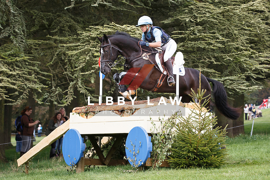 2015 TITLE WINNER: NZL-Jonelle Price (CLOUD DANCER) FINAL-1ST: CIC3* CROSS COUNTRY: 2015 GBR-Blenheim Palace International Horse Trial (Sunday 20 September) CREDIT: Libby Law COPYRIGHT: LIBBY LAW PHOTOGRAPHY