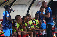 CUCUTA - COLOMBIA, 26-01-2019: Sebastian Mendez técnico del Cúcuta da instrucciones durante partido por la fecha 1 entre Cúcuta Deportivo y Rionegro �guilas como parte de la Liga �guila I 2019 jugado en el estadio General Santander de la ciudad de Cúcuta. / Sebastian Mendez coach of Cucuta gives directions during match for the date 1 between Cucuta Deportivo y Rionegro Aguilas as a part of Aguila League I 2019 played at General Santander stadium in Cucuta city. Photo: VizzorImage / Manuel Hernandez / Cont