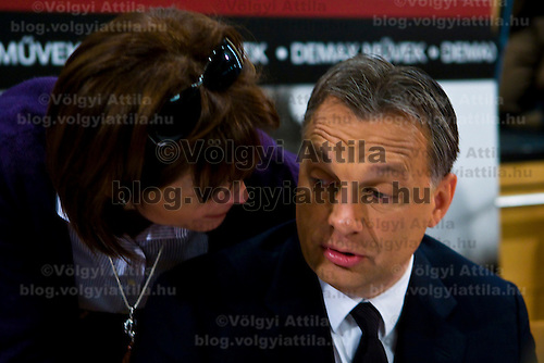 Wife Aniko Levai (L) and Viktor Orban (R) attends the official premier of the photo book by Barna Burger covering the victorious election campaign of Hungarian opposition leader Viktor Orban that led him to becoming prime minister. Budapest, Hungary. Thursday, 29. April 2010. ATTILA VOLGYI