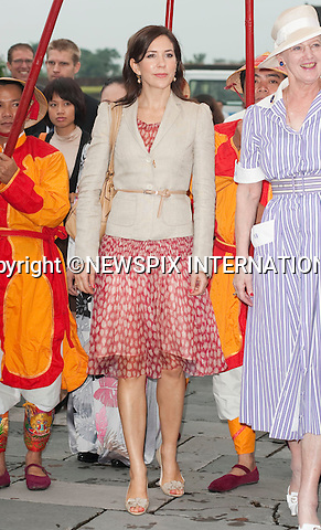 "Queen Margrethe, Crown Prince Fredrik and Crown Princess Mary and Prince Consort Henrik .The Danish Royal Family on their State Visit to Vietnam visited The Imperial City which is located in the centre of the Citadel. The Royal family had lunch in the Royal Theatre_Hue, Vietnam_05/11/2009..Mandatory Photo Credit: ©Dias/Newspix International..**ALL FEES PAYABLE TO: ""NEWSPIX INTERNATIONAL""**..PHOTO CREDIT MANDATORY!!: NEWSPIX INTERNATIONAL(Failure to credit will incur a surcharge of 100% of reproduction fees)..IMMEDIATE CONFIRMATION OF USAGE REQUIRED:.Newspix International, 31 Chinnery Hill, Bishop's Stortford, ENGLAND CM23 3PS.Tel:+441279 324672  ; Fax: +441279656877.Mobile:  0777568 1153.e-mail: info@newspixinternational.co.uk"