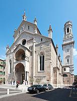 Italy, Veneto, Province Capital Verona: Cathedral Santa Maria Matricolare | Italien, Venetien, Provinzhauptstadt Verona: Der Dom Santa Maria Matricolare