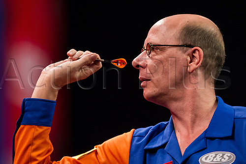 14.12.2012 London, England. Co Stompe in action during the first round of the Ladbrokes World Darts Championships from Alexandra Palace.