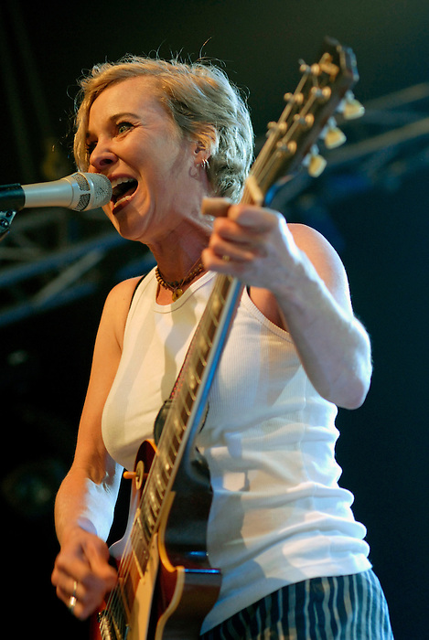 Throwing Muses [Kristen Hersh pictured] performing live at All Tomorrow's Parties at Butlins in Minehead. 15th May 2009.