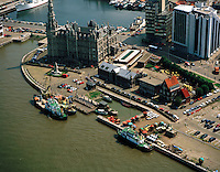 Juni 1996. Gebouw Loodswezen in Antwerpen.