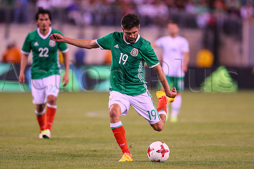 June 1st 2017, East Rutherford, NJ, USA;   Mexico forward Oribe Peralta (19) shoots during the game between Mexico and the Republic of Ireland on June 01, 2017 at Met Life Stadium in East Rutherford, NJ.