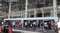 NAPOLI AEROPORTO DI CAPODICHINO.L'INGRESSO .FOTO CIRO DE LUCA