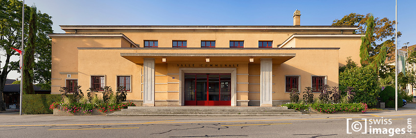 Nyon's Community Hall is a typical 1930's architecture style designed by Alphonse Laverrière.