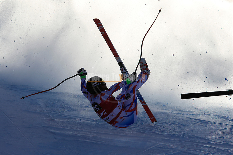 Brice Roger competes during the FIS Alpine Ski World Cup Men's Super-G in Val Gardena, on December 18, 2015. www.pierreteyssot.com
