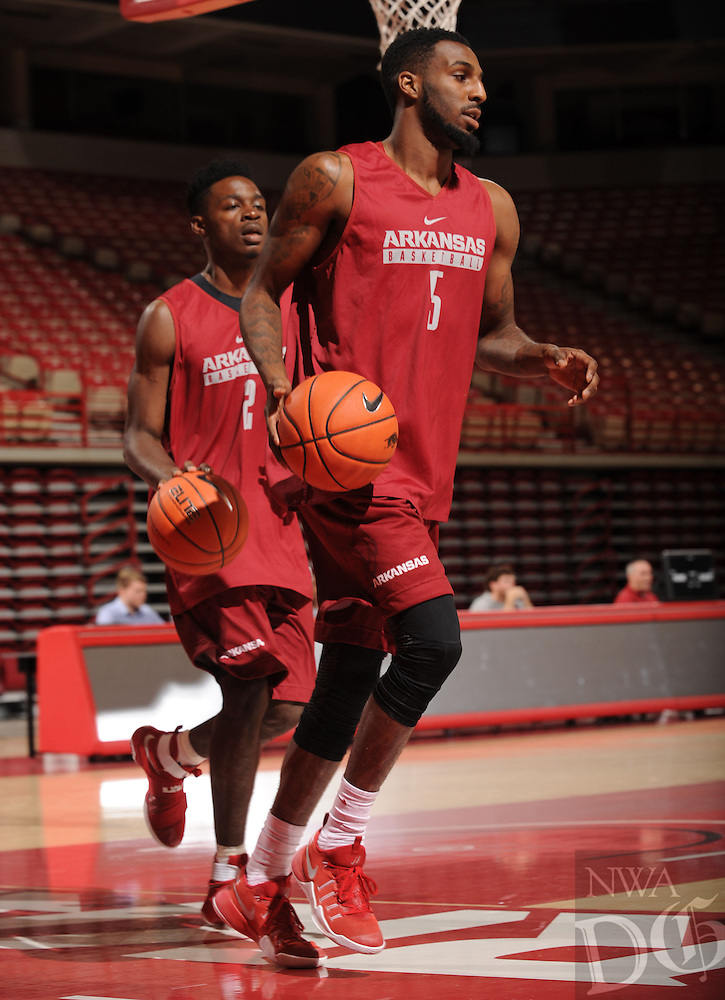 NWA Democrat-Gazette/ANDY SHUPE<br /> Arkansas' Arlando Cook participates in practice Wednesday, Oct. 5, 2016, in Bud Walton Arena. Visit nwadg.com/photos to see more photos from Media Day and practice.