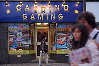 Gambling and gaming shop Cashino in Cardiff, Wales, UK<br /> 01-Oct-2013
