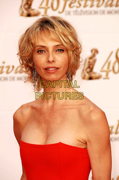 TONYA KINZINGER  .Arrivals at the 48th Monte Carlo Television Festival on June 8, 2008 in Monaco, Monte Carlo. .June 8th, 2008.half length red strapless.CAP/TTL.© TTL/Capital Pictures