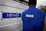 ZEIST- Half omver gereden parkeerbordje bij de parkeerplaats van technische dienstverlener Imtech met daarop de tekst: Imtech gereserveerd. COPYRIGHT TON BORSBOOM