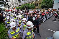 SÃO PAULO, SP - 22.02.2014 - MANIFESTAÇÃO CONTRA COPA- Segunda manifestação Contra a Copa realizada no centro de São Paulo na tarde deste sabado (22) - FOTO: (Levi Bianco / Brazil Photo Press)