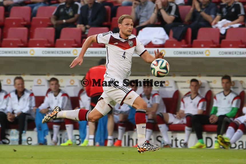 Benedikt Höwedes (D) - Deutschland vs. Armenien in Mainz