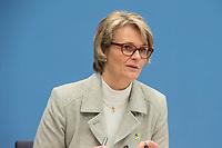 """Bundesgesundheitsminister Jens Spahn (CDU) und Bundesforschungsministerin Anja Karliczek (CDU), (im Bild) stellten am Dienstag den 29. Januar 2019 in Berlin die """"Nationale Dekade gegen Krebs"""" vor. Ziel sei, """"Krebserkrankungen moeglichst verhindern, Heilungschancen durch neue Therapien verbessern, Lebenszeit und -qualitaet von Betroffenen erhoehen"""".<br /> 29.1.2019, Berlin<br /> Copyright: Christian-Ditsch.de<br /> [Inhaltsveraendernde Manipulation des Fotos nur nach ausdruecklicher Genehmigung des Fotografen. Vereinbarungen ueber Abtretung von Persoenlichkeitsrechten/Model Release der abgebildeten Person/Personen liegen nicht vor. NO MODEL RELEASE! Nur fuer Redaktionelle Zwecke. Don't publish without copyright Christian-Ditsch.de, Veroeffentlichung nur mit Fotografennennung, sowie gegen Honorar, MwSt. und Beleg. Konto: I N G - D i B a, IBAN DE58500105175400192269, BIC INGDDEFFXXX, Kontakt: post@christian-ditsch.de<br /> Bei der Bearbeitung der Dateiinformationen darf die Urheberkennzeichnung in den EXIF- und  IPTC-Daten nicht entfernt werden, diese sind in digitalen Medien nach §95c UrhG rechtlich geschuetzt. Der Urhebervermerk wird gemaess §13 UrhG verlangt.]"""