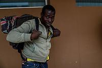 """Un migrante hondureño empaca sus pertenencias personales en una mochila a su llegada a la estación de tren de <br /> Hermosillo Sonora, el es solo uno de un contingente de 600 personas que conforman la caravana del Migrante su mayoría de origen centroamericano, arribaron a bordo del tren conocido como """"La Bestia"""", provienen de la frontera Sur del País y con rumbo a la ciudad de Mexicali donde continuaran el viaje hasta Tijuana.<br /> La caravana tiene como objetivo solicitar <br /> asilo a Estados Unidos y algunos integrantes piensan solicitar una visa humanitaria en Mexico para laborar en los campos de Sonora y Baja California.<br /> (Photo: NortePhoto/Luis Gutierrez)"""