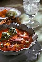 Gastronomie/Gaspacho au filets de rougets-barbets