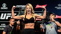 RIO DE JANEIRO, RJ, 02.06.2017 – UFC-RJ – Atriz Paola Oliveira vista durante pesagem para o UFC 212 na Arena Jeunesse, na zona oeste da cidade do Rio de Janeiro, na noite desta sexta-feira (02).(Foto: Jayson Braga / Brazil Photo Press)