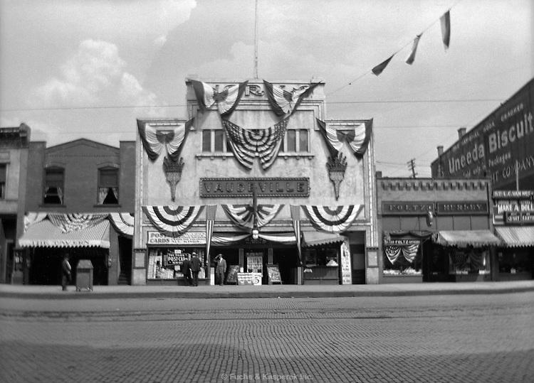 Norka Vaudeville therater, Akron, Ohio, on Flag Day, June 14, 1911.