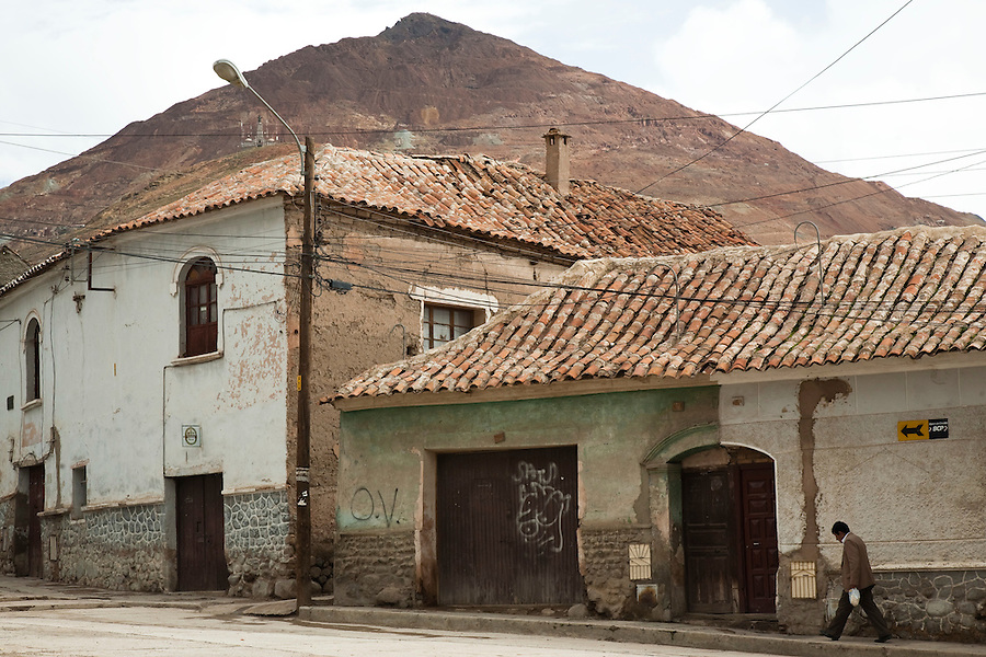 "Old houses in Potosí, Bolivia.  In the background is the infamous Cerro Rico, or ""rich hill"" of Potosí."