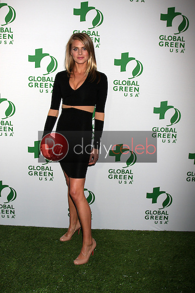 Eliza Coupe<br />