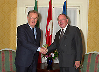 MONTREAL June 1st 2001<br />  -- Quebec Premier Bernard Landry (right) and Portuguese President Jorge Sampaio pose for an official photo in Montreal, June 1st 2001<br /> Photo by Pierre Roussel