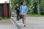 19.06.2020, Trainingsgelaende am wohninvest WESERSTADION,, Bremen, GER, 1.FBL, Werder Bremen Training, Ankunft der Spieler am Freitag morgen am wohninvest Weserstation mit Koffer für das Auswaertsspiel in Mainz im Bild<br /> <br /> Florian Kohfeldt (Trainer SV Werder Bremen)<br /> Thomas Horsch (Co-Trainer SV Werder Bremen)<br /> <br /> Foto © nordphoto / Kokenge