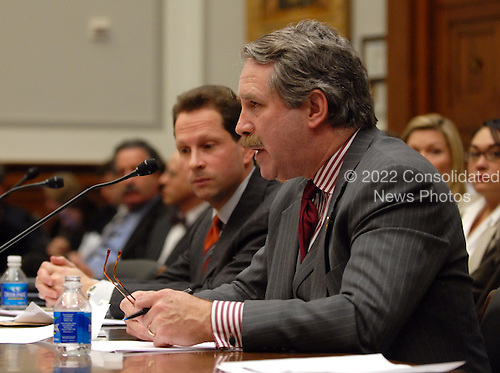 """Washington, DC - January 5, 2009 -- H. David Kotz, Inspector General, Security and Exchange Commission (SEC), left, and Stephen P. Harbeck, President, Securities Investor Protection Corporation (SIPC), right, give testimony before the United States House Financial Services Committee on """"assessing the Madoff ponzi scheme and the need for regulatory reform in Washington, DC on Monday, January 5, 2009..Credit: Ron Sachs / CNP.(RESTRICTION: NO New York or New Jersey Newspapers or newspapers within a 75 mile radius of New York City)"""