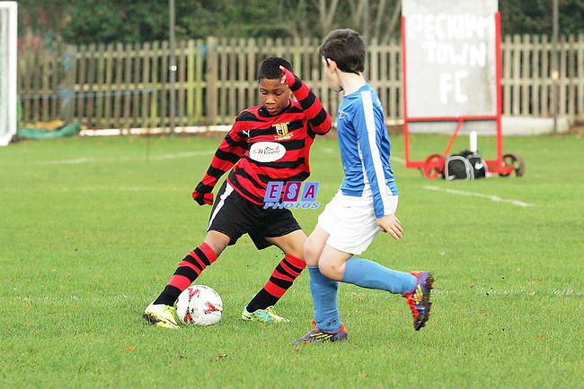 PECKHAM TOWN v CLAPHAM RANGERS<br /> LONDON SATURDAY YOUTH LEAGUE (U10) SOUTHWARK SPORTS CENTRE SATURDAY 3RD DECEMBER 2011