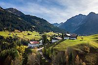 Austria, Vorarlberg, Kleinwalsertal, village Hirschegg and Allgaeu Alps | Oesterreich, Vorarlberg, Kleinwalsertal, Hirschegg vor Allgaeuer Alpen