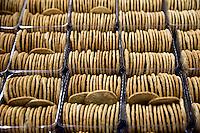 Panificio e Biscottificio STAG Bakery I famosi biscotti appena sfornati Scottish bakery and biscuits Cakes in foreground,