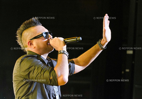 """February 28th, 2012 : Tokyo, Japan – Sean Paul appears at the MTV presents Sean Paul """"Tomahawk Technique"""" Special Live at Akasaka Blitz in Tokyo, Japan. He released his new album """"Tomahawk Technique"""" on February 22nd in Japan. (Photo by Yumeto Yamazaki/AFLO)"""