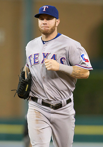 August 03, 2011:  Texas Rangers center fielder Josh Hamilton (#32) during MLB game action between the Texas Rangers and the Detroit Tigers at Comerica Park in Detroit, Michigan.  The Tigers defeated the Rangers 5-4.