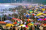 Banhistas na praia de Ipanema. Rio de Janeiro. 1999. Foto de Juca Martins.