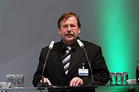 DFB-Vizepraesident Recht und Satzung Rainer Koch<br /> Ausserordentlicher DFB Bundestag zum Schiedsrichterwesen *** Local Caption *** Foto ist honorarpflichtig! zzgl. gesetzl. MwSt. Auf Anfrage in hoeherer Qualitaet/Aufloesung. Belegexemplar an: Marc Schueler, Alte Weinstrasse 1, 61352 Bad Homburg, Tel. +49 (0) 151 11 65 49 88, www.gameday-mediaservices.de. Email: marc.schueler@gameday-mediaservices.de, Bankverbindung: Volksbank Bergstrasse, Kto.: 151297, BLZ: 50960101