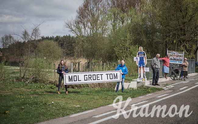 roadside fans cheering for Tom Boonen in his very last race on Belgian soil<br /> <br /> 105th Scheldeprijs 2017 (1.HC)<br /> 1 Day Race: Mol &rsaquo; Schoten (BEL/202km)