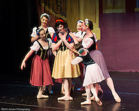 2014 (CDT) Snow White Spotlight Images