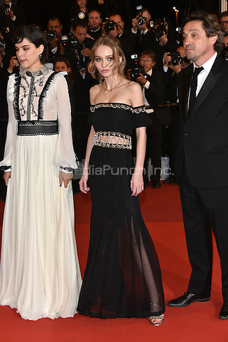 Soco (St&eacute;phanie Sokolinski), Lily-Rose Depp<br />