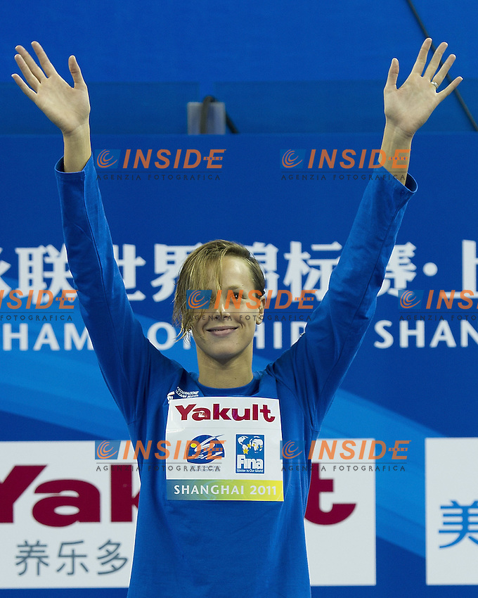 Shanghai , China (CHN) 16-31 July 2001.XIV FINA Swimming World Championships.day 09.Swimming.Final.Federica Pellegrini ITA .400 free style women.Gold Medal.Photo Insidefoto / Giorgio Scala
