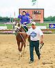 Nicki Flash winning at Delaware Park on 8/31/15