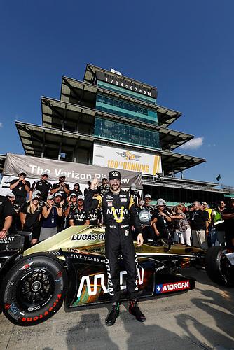 21-22 May, 2016, Indianapolis, Indiana, USA<br /> James Hinchcliffe celebrates winning the Verizon P1 pole award<br /> ©2016, Michael L. Levitt<br /> LAT Photo USA
