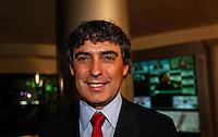 SAO PAULO, SP, 02 AGOSTO 2012 - ELEICOES 2012 - DEBATE BAND - PREFEITURA DE SP - O candidato do PSOL à Prefeitura de São Paulo, Carlos Giannazi durante debate da Tv Bandeirantes de Sao Paulo, nesta quinta-feira, na regiao sul da capital paulista. (FOTO: VANESSA CARVALHO / BRAZIL PHOTO PRESS).