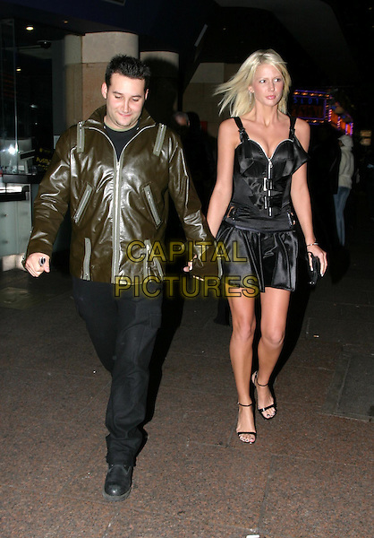 DANE BOWERS.Shoreditch UK film premiere, Warner Village West End.27/11/2003.full length, full-length, leather jacket, holding hands.www.capitalpictures.com.sales@capitalpictures.com.© Capital Pictures.