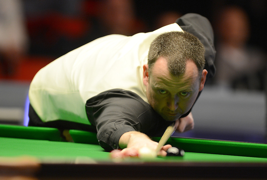 Mark Williams in action against Robert Milkins during Day 3 of the Betvictor Welsh Open ..Snooker - Betvictor Welsh Open 2013 - Robert Milkins v Mark Williams - Wednesday 13 th 2013 - Newport Centre - Newport - Wales - UK..© CameraSport - 43 Linden Ave. Countesthorpe. Leicester. England. LE8 5PG - Tel: +44 (0) 116 277 4147 - admin@camerasport.com - www.camerasport.com