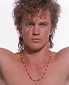 1989: CRAIG McLACHLAN - Photosession in London