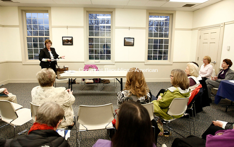 "Southbury, CT- 29 April 2014-042914CM14-  DeLoris Curtis, Southbury's land use administrator, speaks with the League of Women Voters at the Southbury Public Library on Tuesday.  Curtis talked about Southbury's 10-year Comprehensive Plan of Development.  The League of Women Voters is ""a nonpartisan, non profit volunteer grassroots organization of women and men."" It's mission is to promote political responsibility through informed and active participation in government.   Christopher Massa Republican-American"