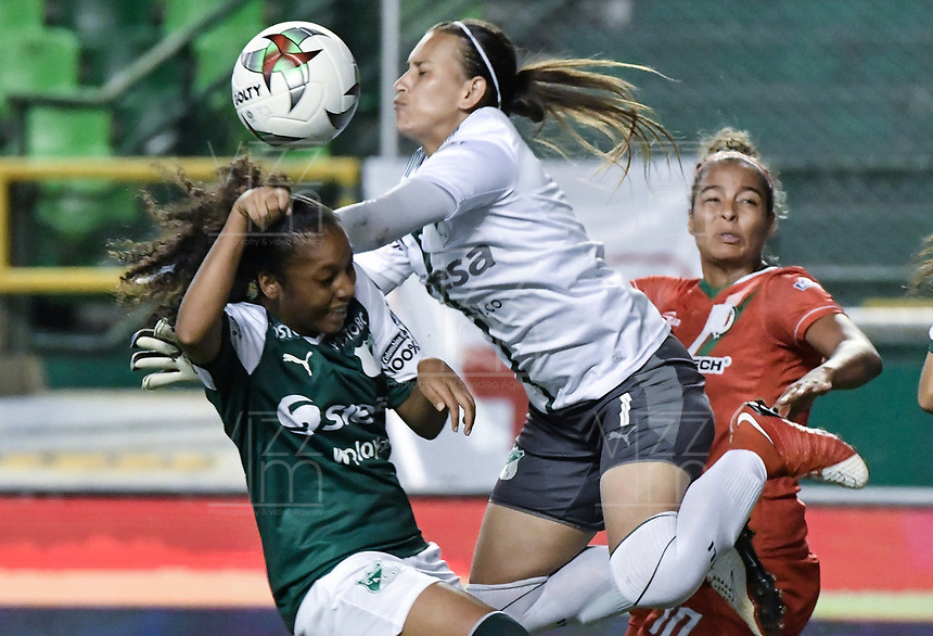 PALMIRA - COLOMBIA, 03-08-2019: Jessica Correa arquero del Cali en acción durante el partido entre Deportivo Cali y Cortuluá por la fecha 4 de la Liga Femenina Águila 2019 jugado en el estadio Deportivo Cali de la ciudad de Palmira. / Jessica Correa goalkeeper of Cali in action during match for the date 4 between Deportivo Cali and Cortulua of the Aguila Women League 2019 played at Deportivo Cali stadium in Palmira city. Photo: VizzorImage / Gabriel Aponte / Staff